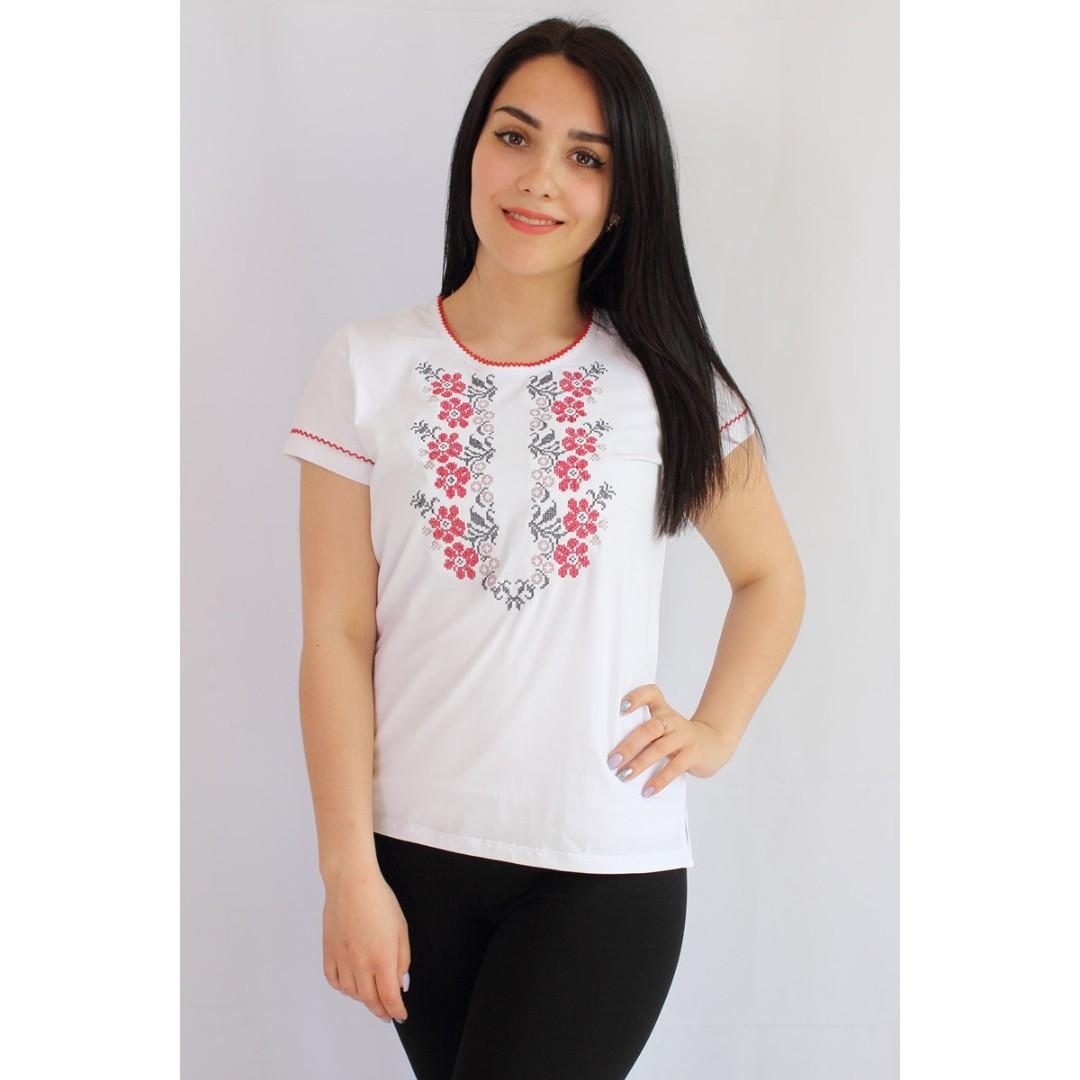 Купити трикотажну вишиванку білу жіночу на короткий чи четвертний рукав 29e819cc61937